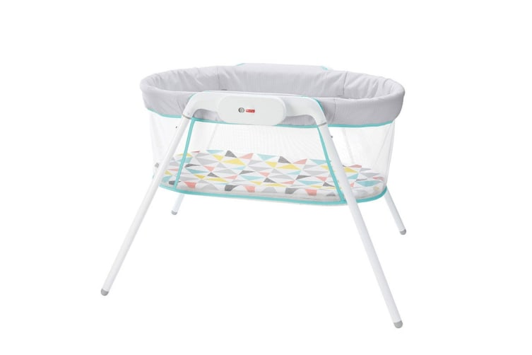 Fisher Price Stow 'n' Go Travel Bassinet
