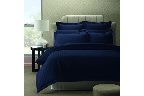 Royal Comfort 1200TC Damask Super King Indigo Quilt Cover Set And Duck Pillow Twin Pack