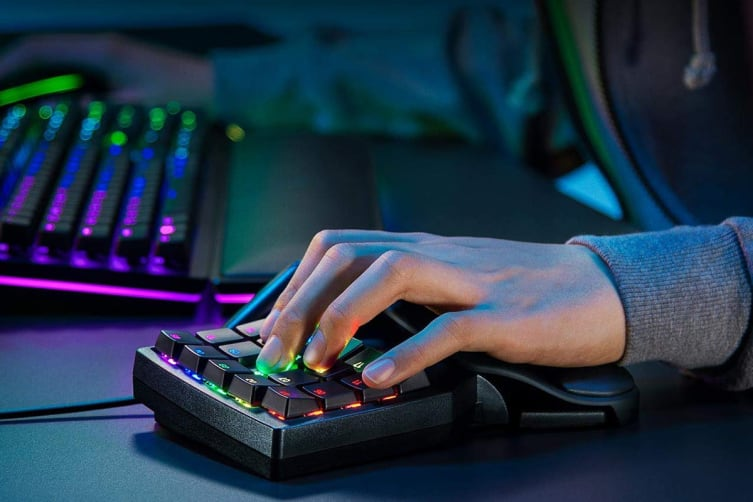 Razer Tartarus Pro - Analog Optical Gaming Keypad
