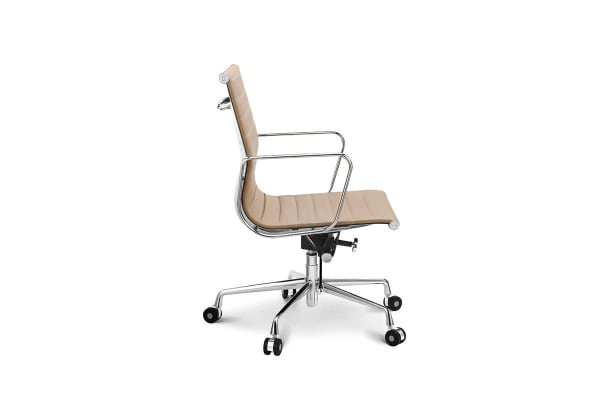 Ovela Executive Eames Replica Low Back Ribbed Office Chair (Light Brown)