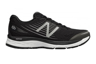 New Balance Women's 880v8 Shoe (Black/White, Size 7.5)