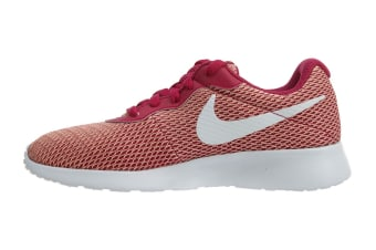 Nike Women's Tanjun SE Shoes (Sport Fuchsia/White, Size 8 US)