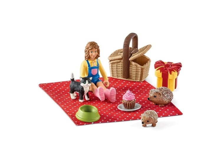 Schleich Farm World Birthday Picnic Set