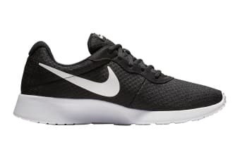 Nike Women's Tanjun Shoes (Black/White, Size 6 US)
