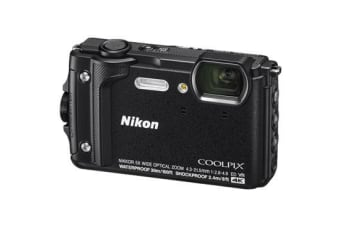 New Nikon Coolpix W300 16MP Digital Camera Black(FREE DELIVERY + 1 YEAR AU WARRANTY)