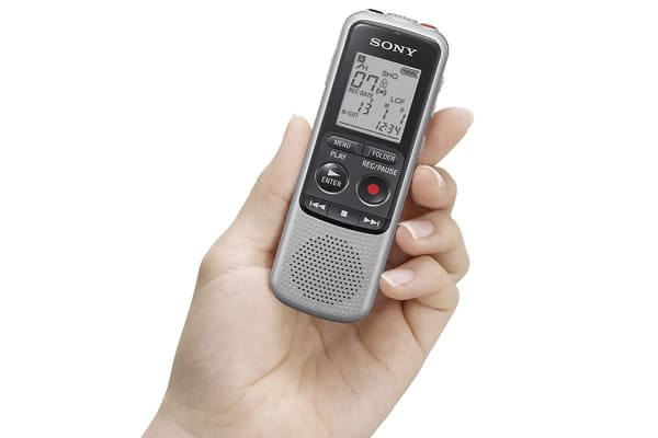 Sony 4GB Digital Voice Recorder (ICDBX140)