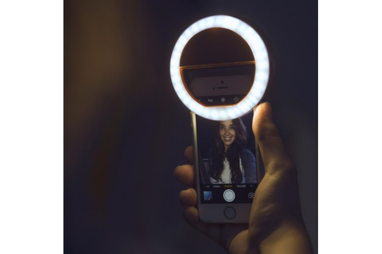 Smartphone Selfie LED Ring Light   Perfectly Lit Selfies Every Time!