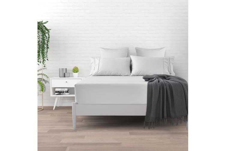 500 TC Cotton Sateen Fitted Sheet Double Bed  - White