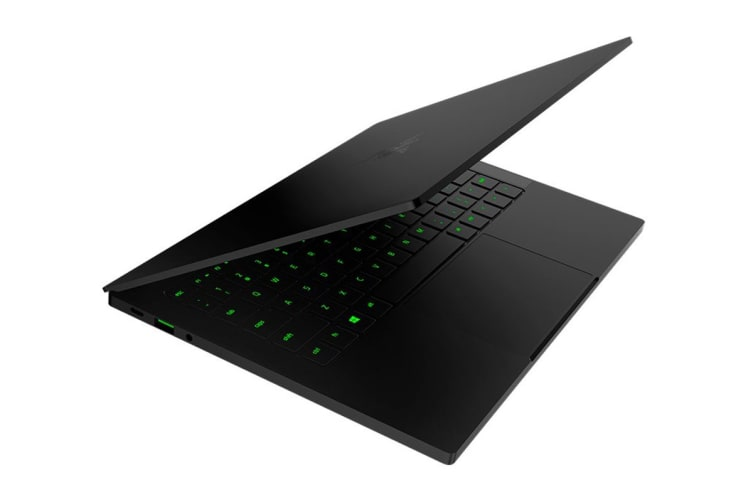 "Razer Blade Stealth 13.3"" FHD Core i7-8565U 256GB SSD MX150 16GB Win10 Gaming Laptop"