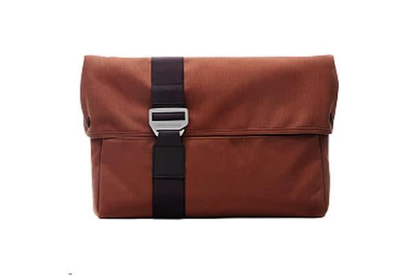 "BLUELOUNGE 13"" MACBOOK AIR SLEEVE-RUST"