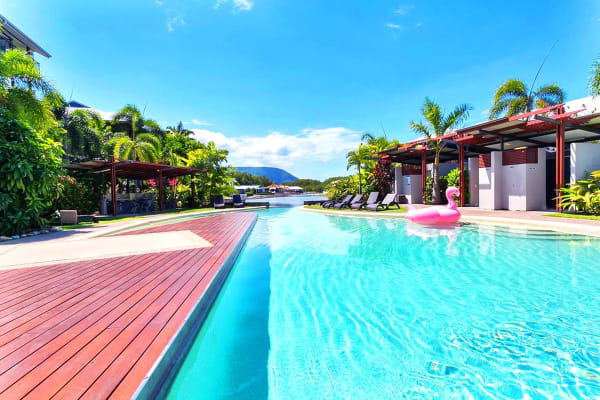 CAIRNS: 3 Nights at Blue Lagoon Resort (1 Bedroom Apartment) for Two