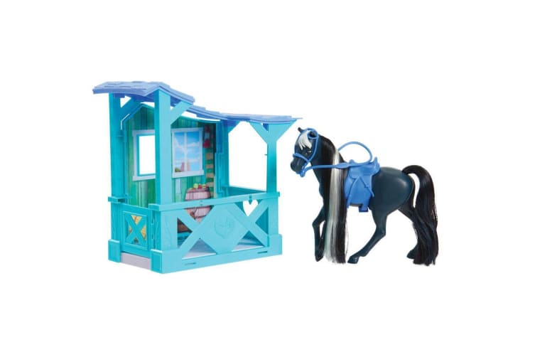 Spirit Riding Free Horse and Stable