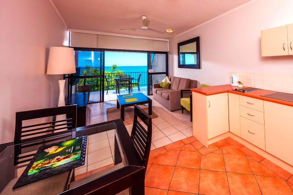 CAIRNS: 6 Nights at Amaroo Trinity Beach Including Flights for Two (Departing PER)
