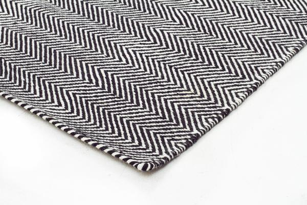 Herring Bone Chevron Rug Black 225x155cm