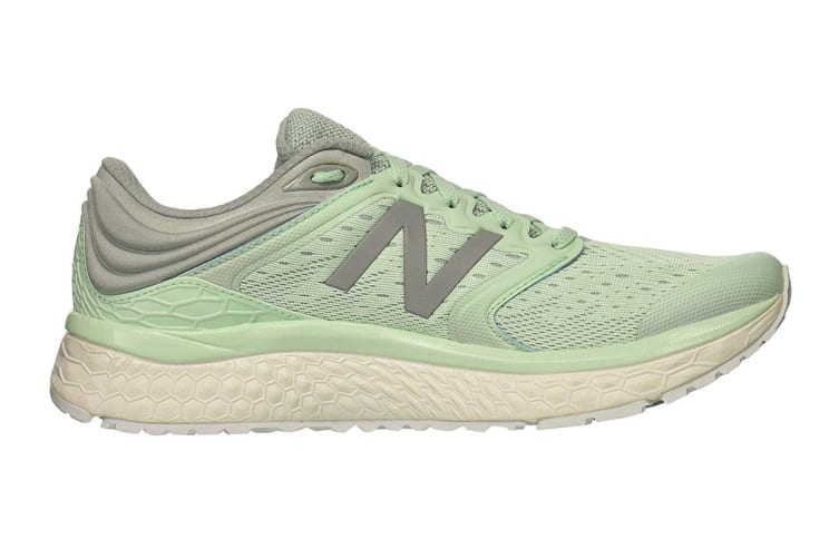 New Balance Women's 1080v8 Shoe (Light Green, Size 8.5)