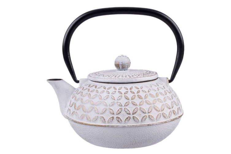 Teaology Cast Iron Teapot Gold Leaf 900ml
