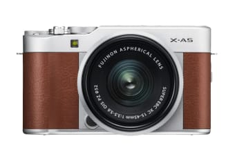 Fujifilm X-A5 with XC 15-45mm Lens (Brown)