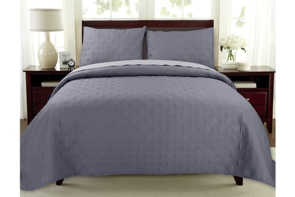 Ardor Boudoir Oxford Coverlet (Charcoal/Grey, Queen/King)