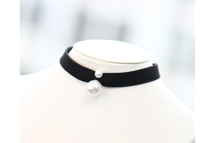 Fashion Faux Leather Black Ribbon Choker With Simulated Pearl Pendant