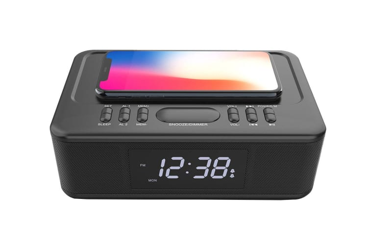 Lenoxx Wireless Charger Bluetooth Clock Radio