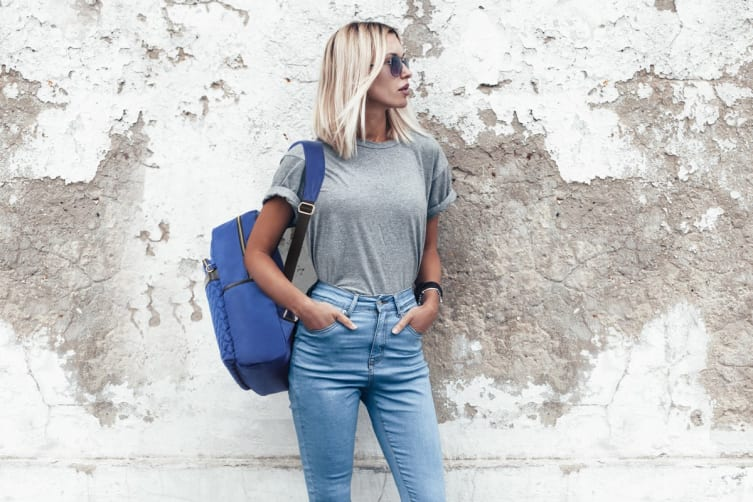 Luxe Travel Backpack with USB Charging Port (Blue)