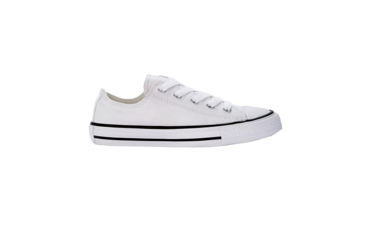SG Footprints Junior Low Top Shoe (Snow) (13 Child UK)
