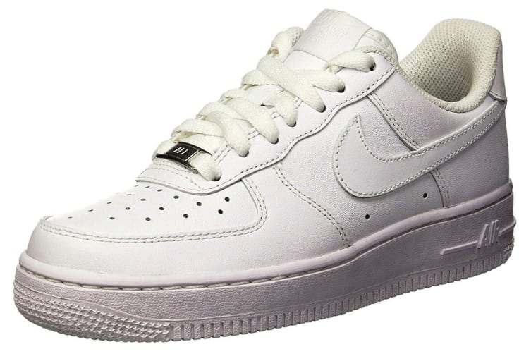 Nike Women's Air Force 1 '07 Low Shoe (White, Size 9.5 US)
