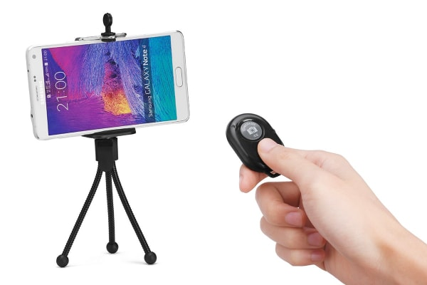 Bluetooth Remote Shutter and Tripod
