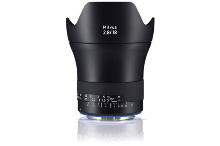 New Carl Zeiss Milvus ZE 2.8/18mm Lens For Canon (FREE DELIVERY + 1 YEAR AU WARRANTY)