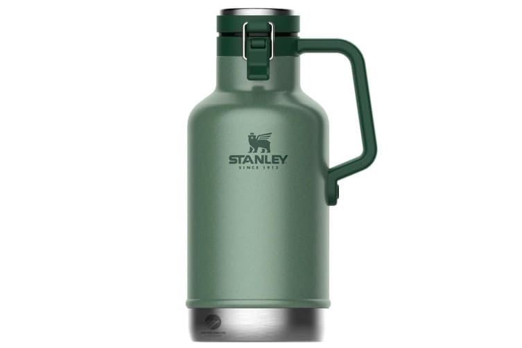 STANLEY CLASSIC 1.9L 64oz INSULATED EASY POUR BEER GROWLER - GREEN