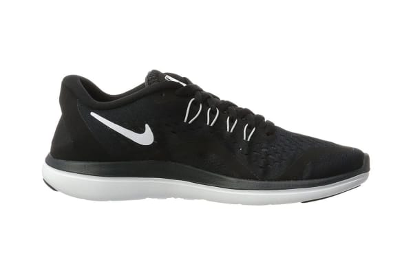 475c531b2e27 Nike Women s Flex RN 2017 Running Shoe (Black White