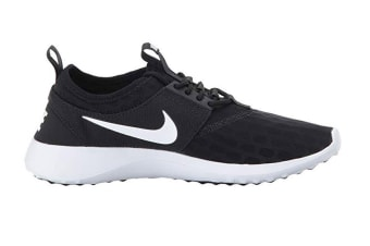 Nike Women's Juvenate Shoe (Black/White)
