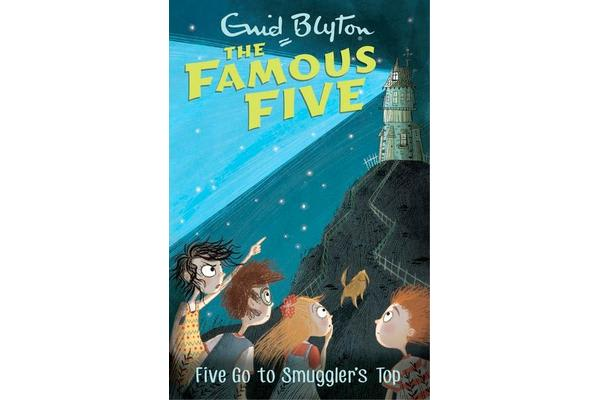 Famous Five: Five Go To Smuggler's Top - Book 4