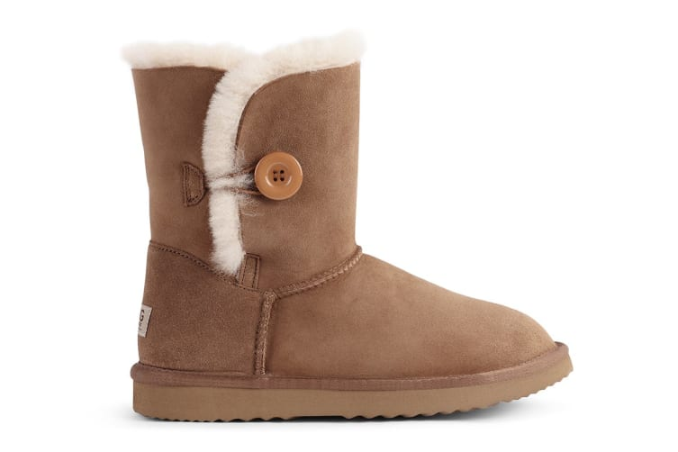 Outback Ugg Boots Short Button - Premium Sheepskin (Chestnut, 11M / 12W US)