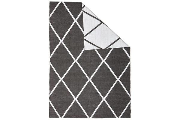 Coastal Indoor Out door Rug Diamond Black White 220x150cm