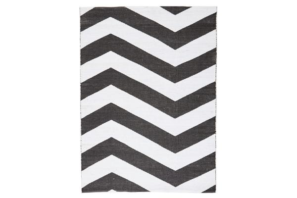 Coastal Indoor Out door Rug Chevron Black White 220x150cm