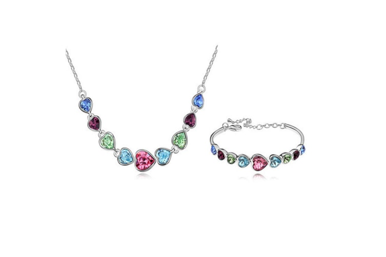 Luxury Crystal Heart Shaped Necklace and bracelet Set Colored