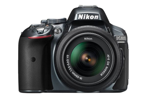 Nikon D5300 DSLR Camera 18-55mm VR Lens Kit (Black)