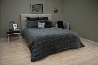 Ardor Faux Mink Comforter in Charcoal (Queen/King)