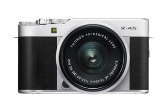Fujifilm X-A5 with XC 15-45mm Lens (Silver)