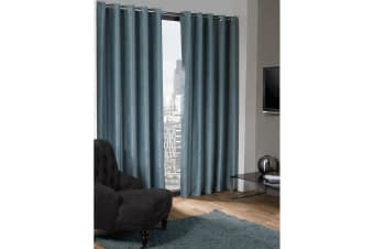 Logan Blackout Plain Thermal Curtains With Eyelets (Duck Egg) (46in x 72in (117cm x 183cm))