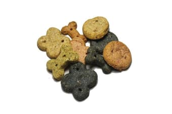 Betty Millers Natural Dog Biscuit Selection (May Vary) (7.5kg)