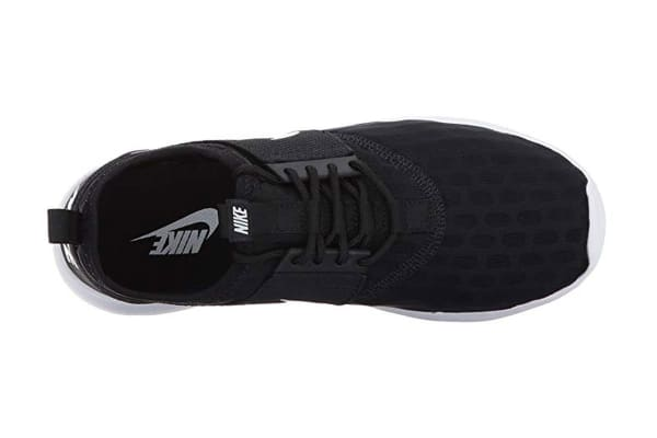 Nike Women's Juvenate Shoe (Black/White, Size 5.5)