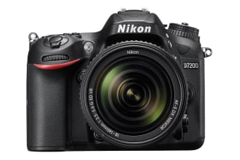 Nikon D7200 DSLR Camera with 18-140mm VR Lens Kit