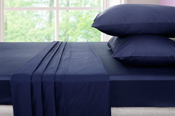 Ovela 600TC 70% Bamboo / 30% Cotton blend Bed Sheet Set (King, Indigo)