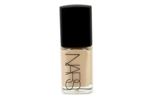 NARS Sheer Glow Foundation - Punjab (Medium 1 - Medium with Golden, Peachy Undertone) (30ml/1oz)