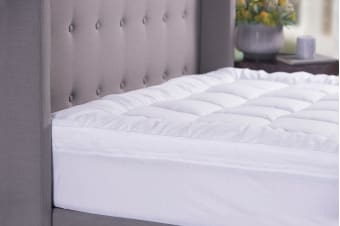Sheraton Sanctuary Down Alternative 800GSM Mattress Topper (Single)