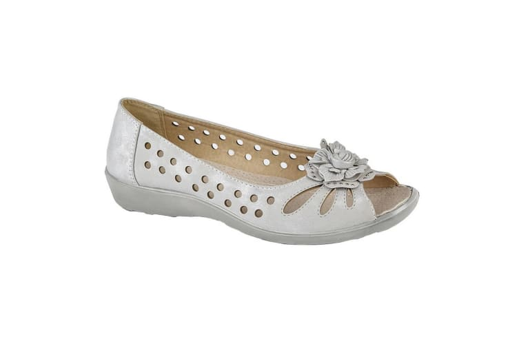 Boulevard Womens/Ladies Flower Punched Open Toe Shoes (Light Silver Shimmer) (4 UK)
