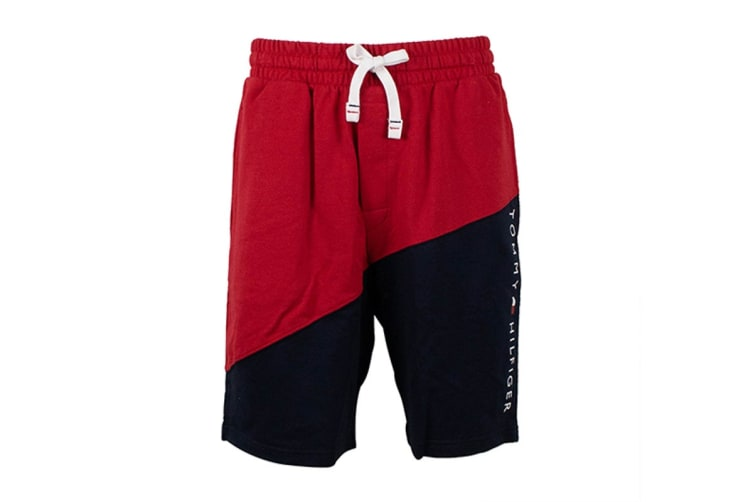 Tommy Hilfiger Men's Modern Essentials Shorts (Mahogany, Size M)