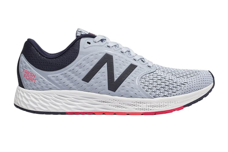 New Balance Women's Fresh Foam Zante v4 Shoe (White/Navy, Size 9)